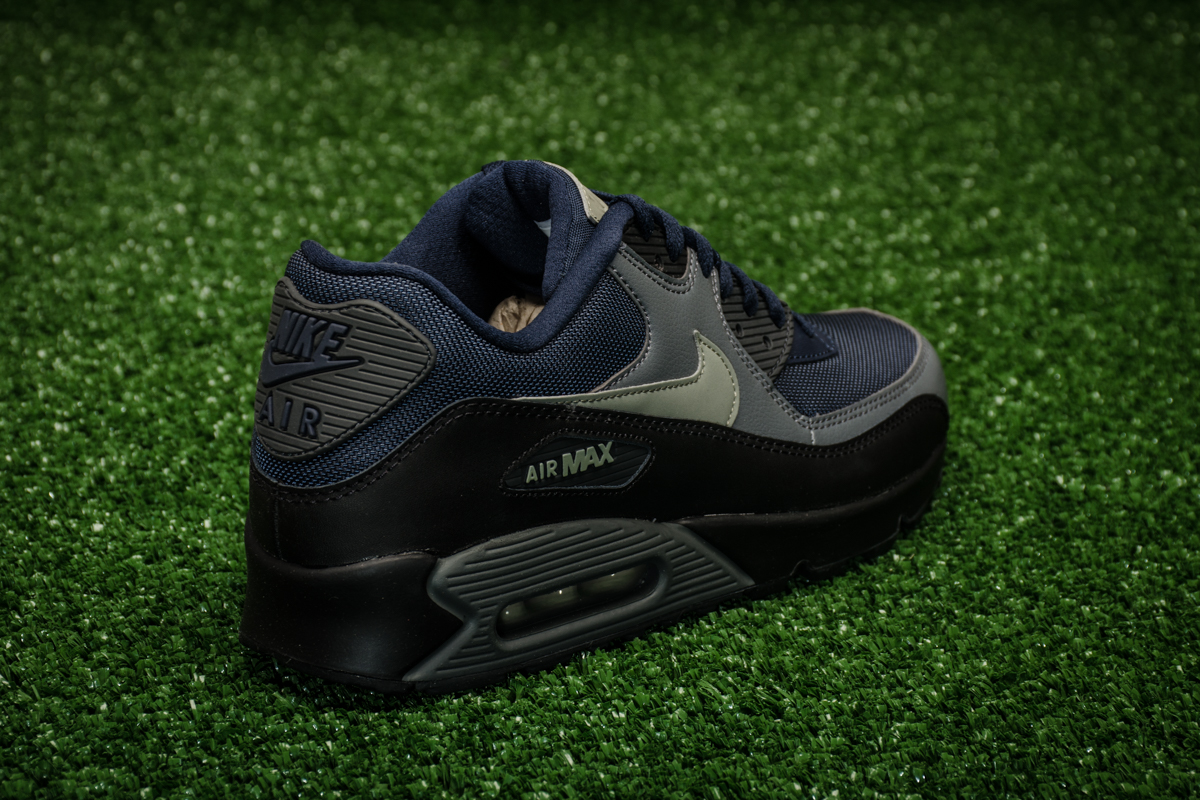089a901648 ... closeout nike air max 90 essential shoes casual sporting goods sil.lt  8084a d60ac